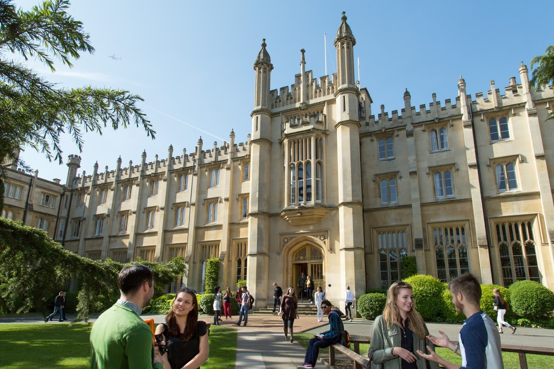 Richmond university london